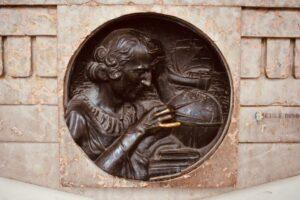 Statua Cristoforo Colombo   Cosa vedere a Torino