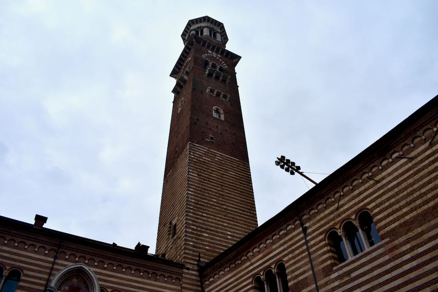 Cosa vedere a Verona e dintorni: Torre dei Lamberti Verona