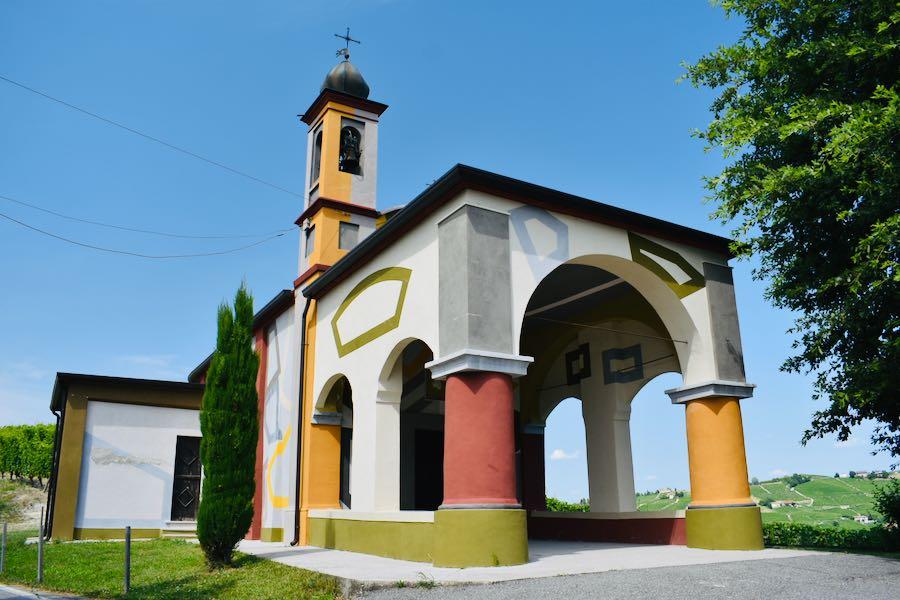 Langhe e Monferrato: Chiesetta di David Tremlett Coazzolo