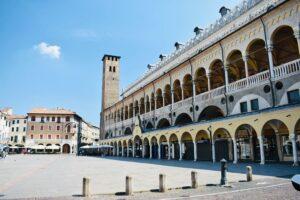 Piazza Della Frutta | Cosa vedere a Padova