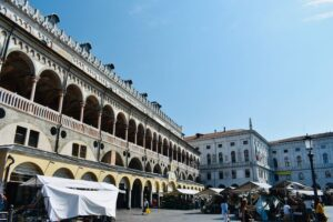 Piazza Delle Erbe   Cosa vedere a Padova