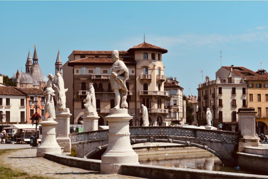 Prato della Valle   Cosa vedere a Padova