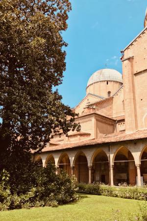Basilica di Sant'Antonio da Padova - Magnolia   Cosa vedere a Padova