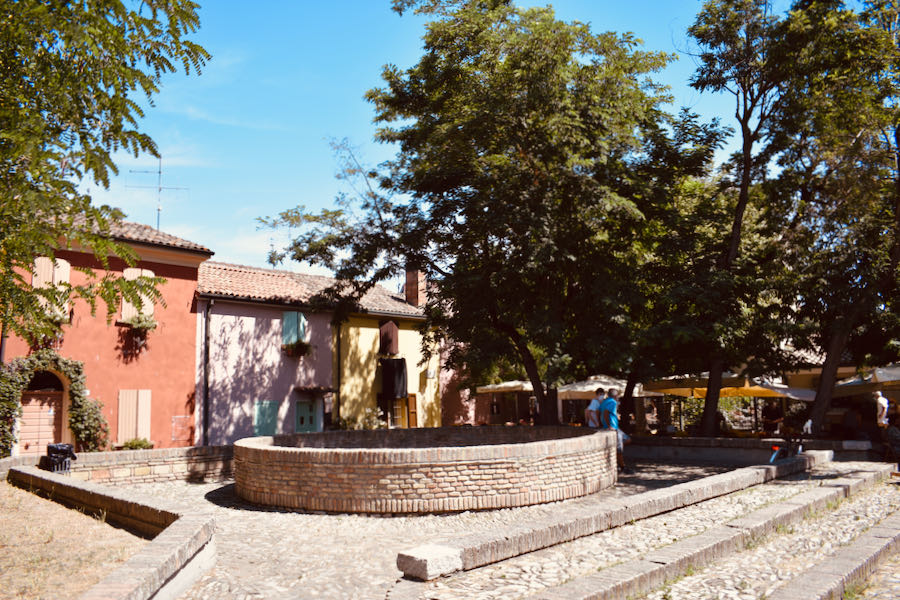 Cesenatico Cosa Vedere   Piazza Delle Conserve
