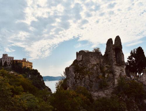 Castello Di Duino E Castello Vecchio